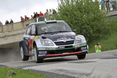 Sekundenkrimi zugunsten von Raimund Baumschlager - Sieg bei Wechselland-Rallye 2013  Foto: Martin Butschell/Agentur Autosport.at