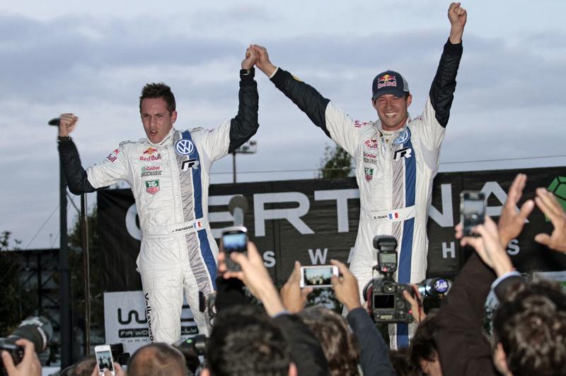 Sébastien Ogier und Julien Ingrassia mit Volkswagen vorzeitig Weltmeister - Foto: Volkswagen/McKlein