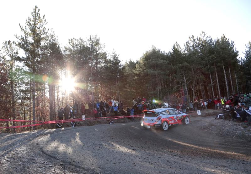 Thierry Neuville/Nicolas Gilsoul, Hyundai i20 WRC - Foto: Hyundai