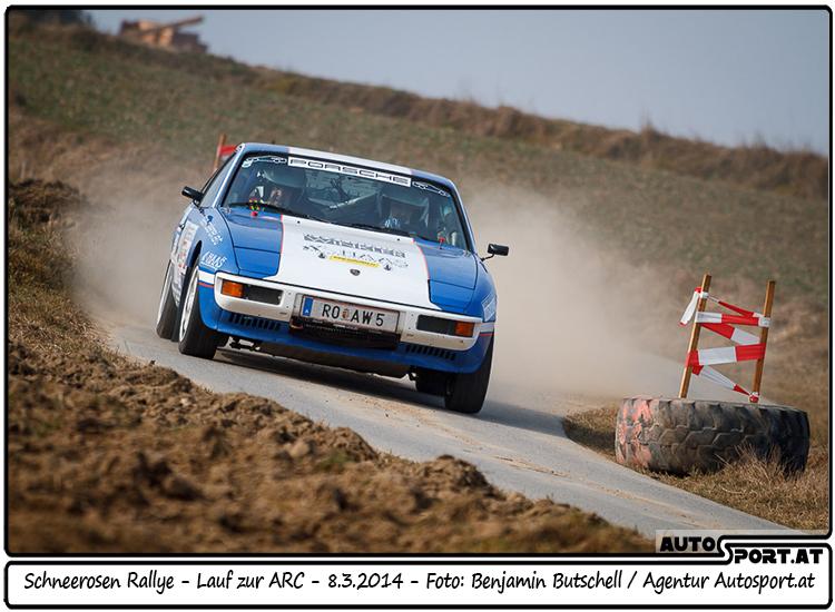 Mit dem 2. Platz in der Klassenwertung und Platz 29 gesamt beenden Herbert Winkler und Christian Haas in ihrem Porsche 924 die Rallye - Foto: Benjamin Butschell/Agentur Autosport.at