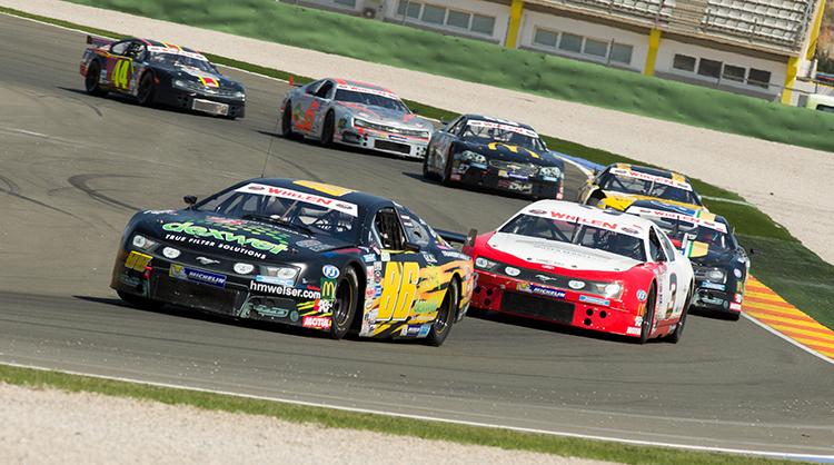 Sorgten bei der Premiere in der NASCAR Whelen Euro Series für gleich drei Podestplätze: Dominic Tiroch und Philipp Lietz - Foto: Martin Steiger