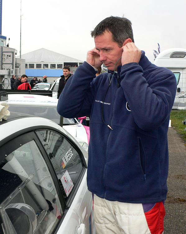 Markus Weege - Alpina GT3 mit Getriebeschaden - Foto: HTS