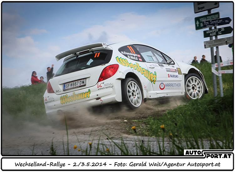 Hannes Danzinger hinter Mario Saibel auf dem Podium - Foto: Gerald Wais/Agentur Autosport.at
