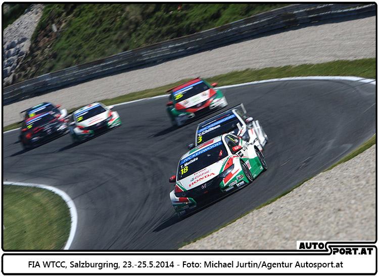 Ab 2015 fährt die WTCC auch auf dem Nürburgring - Foto: Michael Jurtin/Agentur Autosport.at