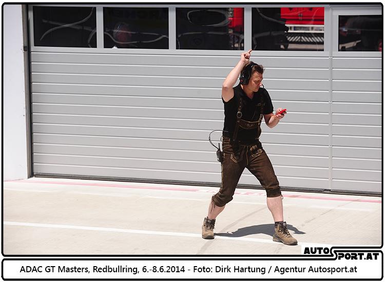 Teamchef Gottfried Grasser: Das Ziel heisst Podium - Foto: Dirk Hartung/Agentur Autosport.at