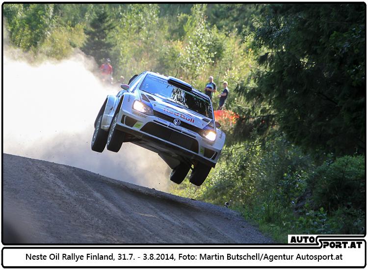 Flugtag in Finland: Jari-Matti Latvala führt beim Heimspiel - Martin Butschell / Agentur Autosport.at