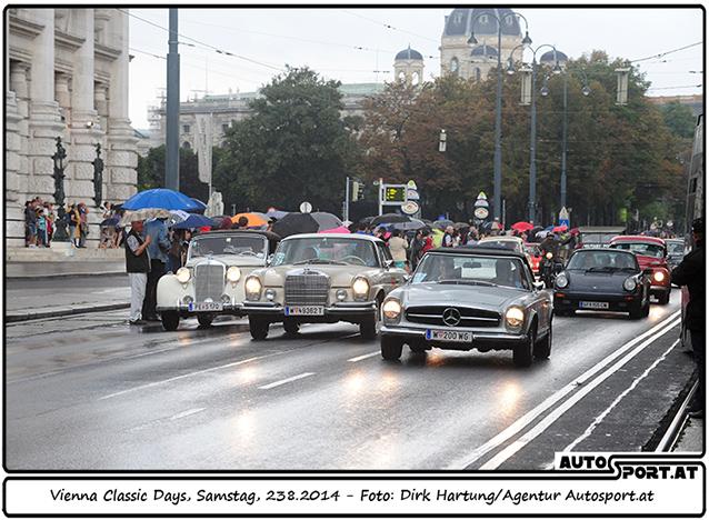 Die Ringstraße wurde eigens für die 280 Oldtimer gesperrt - Foto: Dirk Hartung/Agentur Autosport.at
