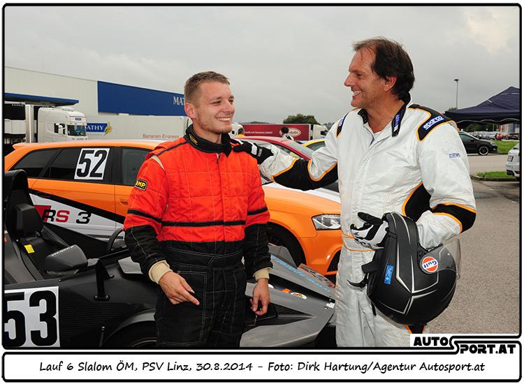 Gregor Skoff gratuliert Christian Nöst (li) zum Staatsmeister-Titel 2014  - Foto: Dirk Hartung / Agentur Autosport.at