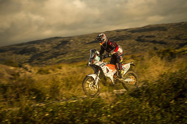 Matthias Walkner mit solider Leistung auf der 2. Etappe - Foto: Marcelo Maragni/Red Bull Content Pool