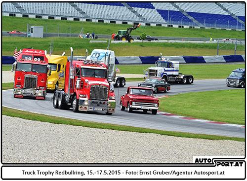 Sehenswerte Fahrzeug-Paraden sorgten für viel Abwechslung - Foto: Ernst Gruber/Agentur Autosport.at