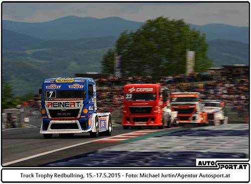 24.000 Besucher sahen den Vierfach-Triumph von Norbert Kiss - Foto: Michael Jurtin/Agentur Autosport.at