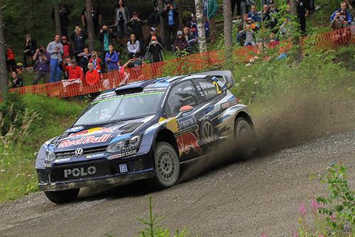Jari-Matti Latvala gewinnt Rallye-Heimspiel mit Volkswagen - Foto: Martin Butschell/Agentur Autosport.at